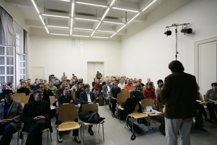 akk_komm_symposium02